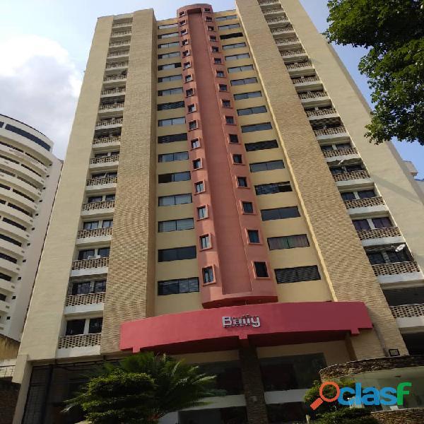 En venta bello apartamento en Urb. El Parral, Edif. Bally