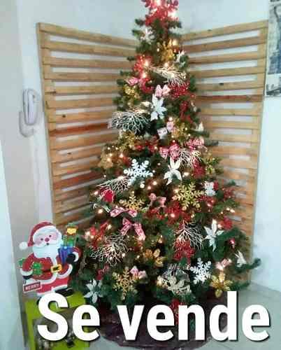 Árbol De Navidad En Perfecto Estado Con Todos Sus Adornos