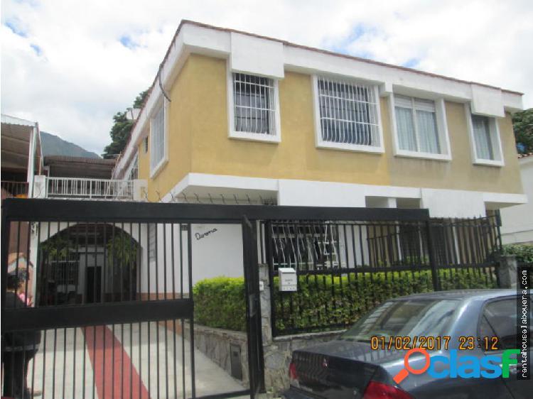 Casa en Venta Los Chorros FS2 MLS17-2618