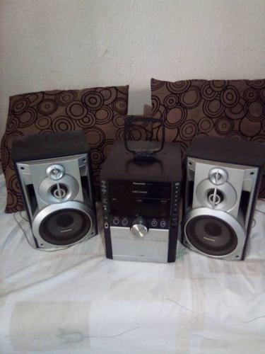Equipo De Sonido Panasonic. Modelo: Sa Ak450 De Cinco Cds