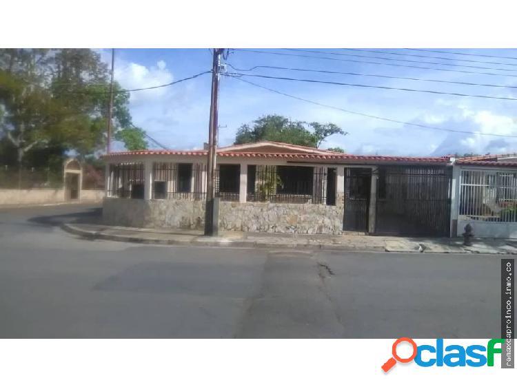 Casa de Esquina Morro San Diego Edo Carabobo