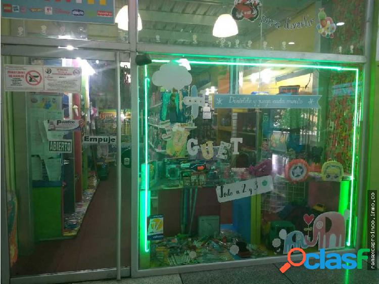 Local y fondo de comercio jugueteria