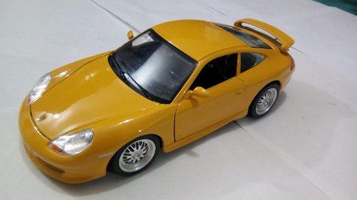 Carro De Coleccion Porsche 911 Carrera Burago Escala 1/18