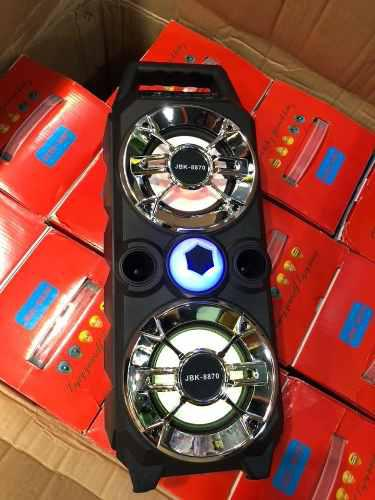 Corneta Portatil Recargable Bluetooth Luz Led Usb Cargador