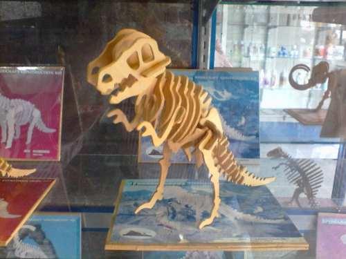 Figuras De Dinosaurios Armables De Madera