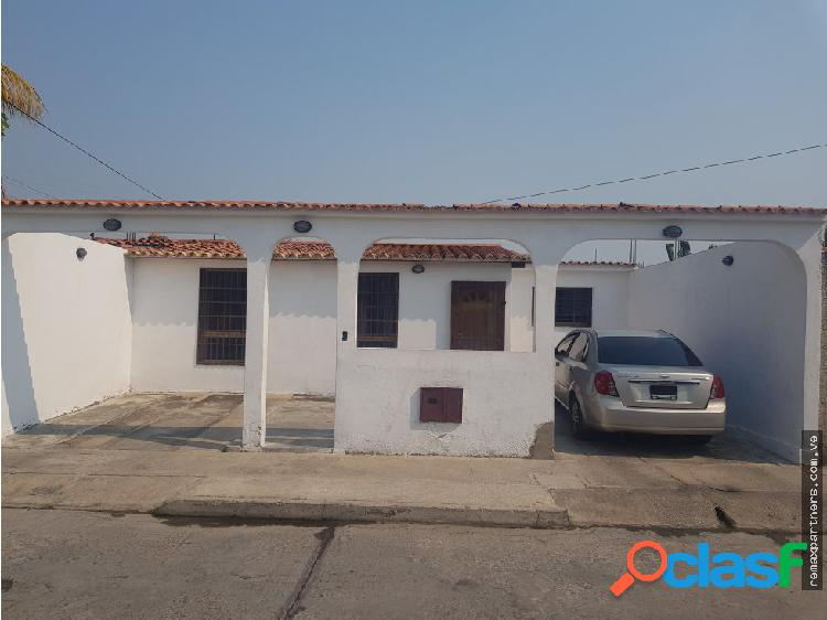 Casa De 200 m2 en Guayabal, Municipio San Joaquín