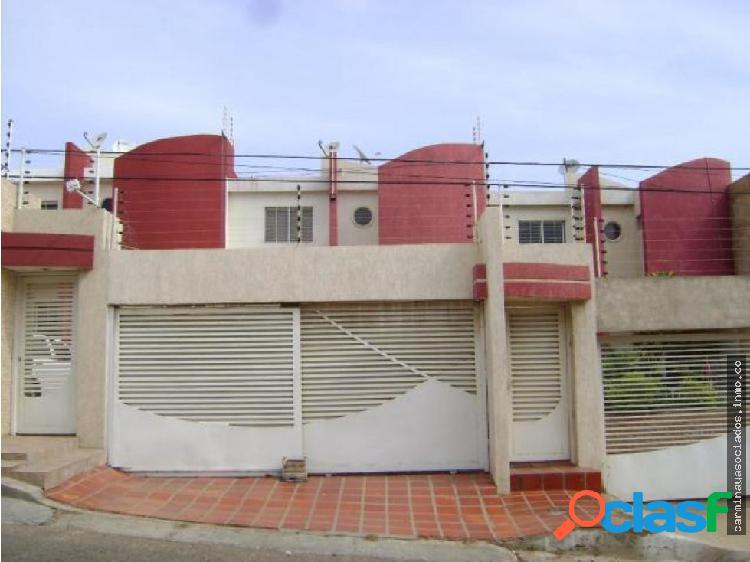 Vendo Casa Cumbres de Maracaibo mls19-5418 KRPF