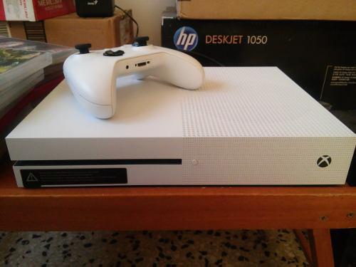 Xbox One Mas Juegos, Super Ganga Por Motivo De Viaje.