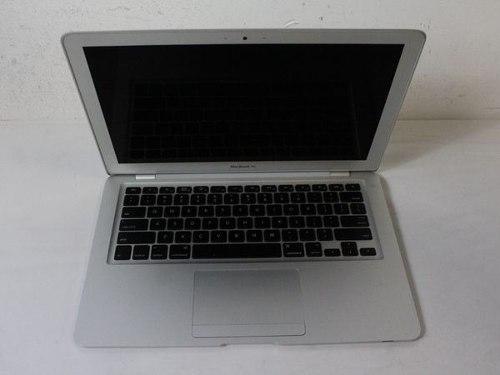 Macbook Air A Para Repuesto (tiene La Batería Mala)