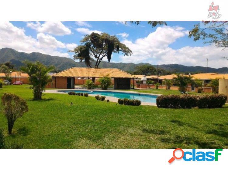 Casa en Venta Valle de Oro Er 19-9842
