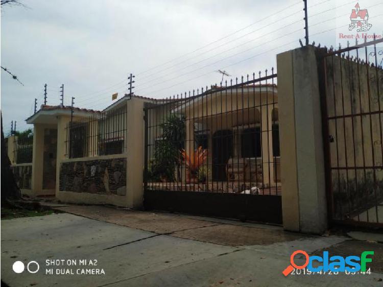 Casa en Venta Valles del Camoruco Er 19-9705