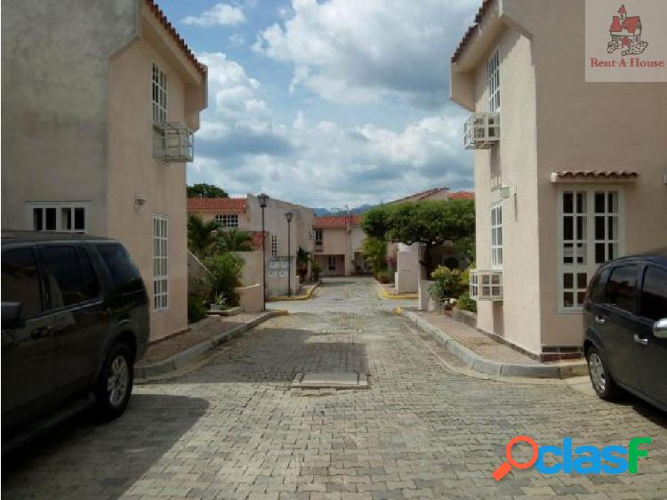 Townhouse en Venta Manongo Er 18-11086