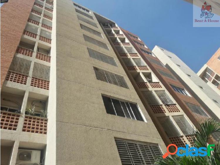Apartamento en Venta El Rincon Mz 19-10256