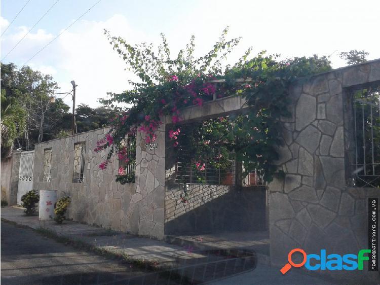 Casa de 200M2. Urb. Las Morochas, San Diego