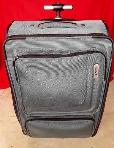 Maleta Original Totto, Medidas 65cm X 40cm X 20 Cm