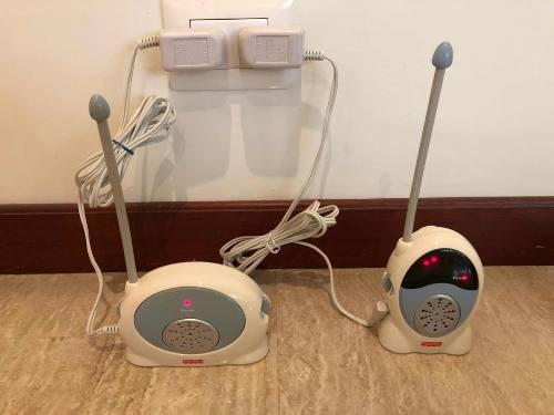Radio O Monitor Para Escuchar Los Ruidos Del Bebé