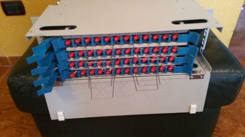 Odf Patch Panel De 48 Puertos St / Lc Monomodo Tipo Gabeta