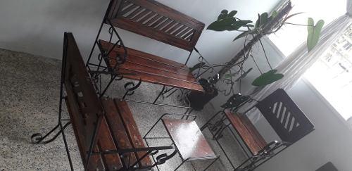 Muebles De Madera Y Hierro Forjado