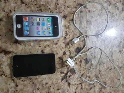 iPod Touch 4 Generacion De 32 Gb Con Su Caja Y Accesorios