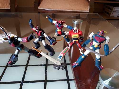 Figuras De Acción De Los Power Rangers.