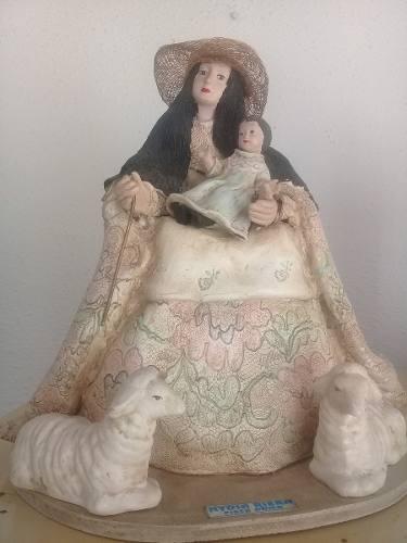 Imagen De La Divina Pastora 32cm