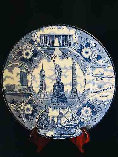 Made In England Fine Porcelain Plato Antiguo