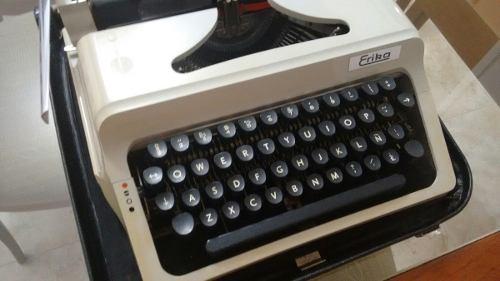 Maquina De Escribir Manual Marca Erika. 10verds