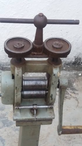 Maquina Laminadora Joyeria Orfebreria Con Pedestal (cagua)