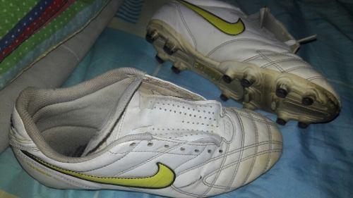 Vendo Nike Tiempo Tacos Y adidas Futsal