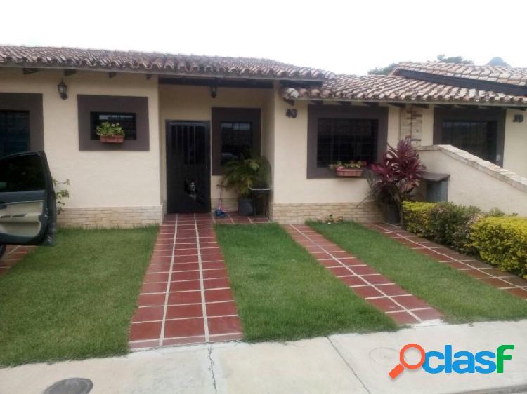 Acogedora Casa De 110 M2 Ubicada En El Municipio San Diego