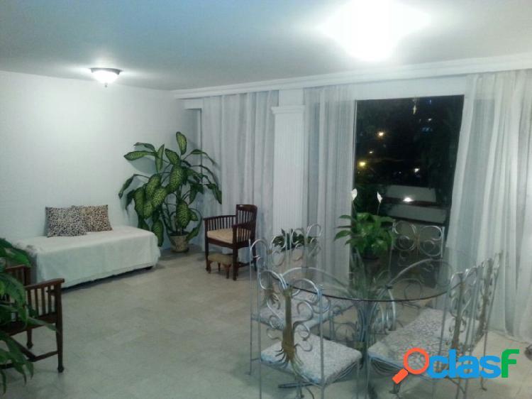 Amplio y Bello Apartamento Ubicado en Campo Alegre