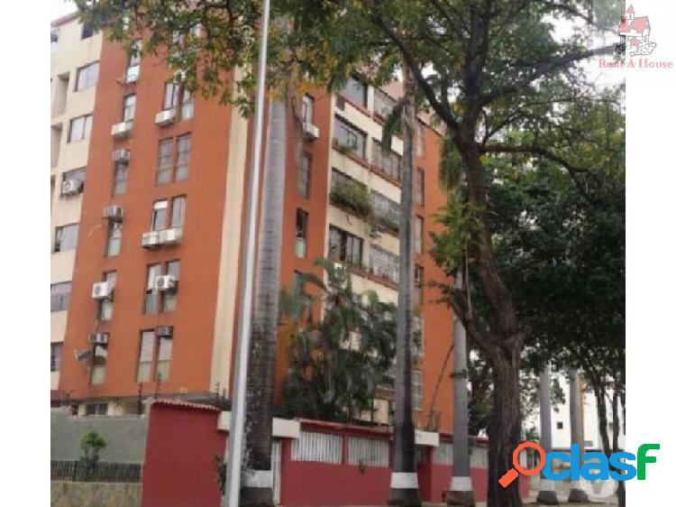 Apartamento en Venta Valles Camoruco MZ 19-10273