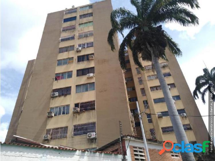 Apartamento en Venta en Cabudare Via Principal