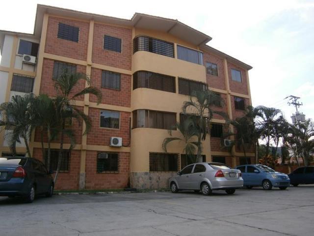 Apartamento en venta en San Diego, urbanización Chalet