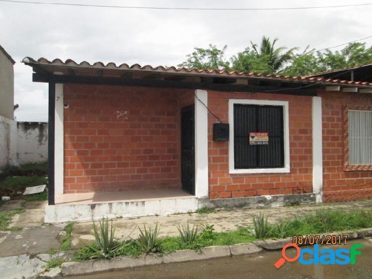 Bonita Casa En Venta Urbanización La Blanquera, Palo Negro-