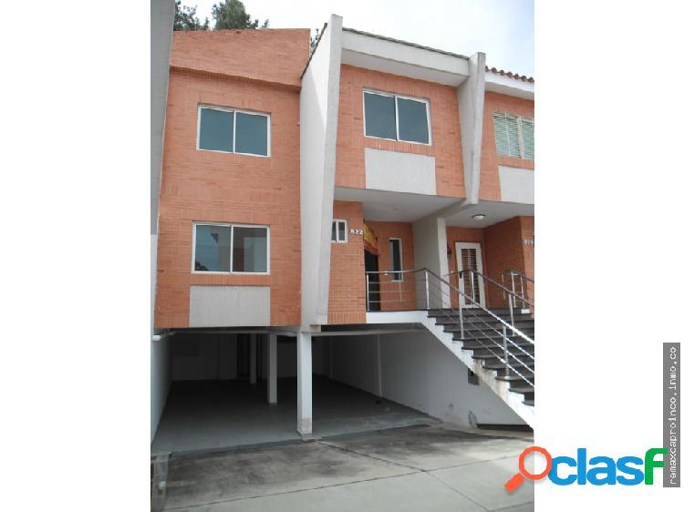 Casa 4 Habitaciones