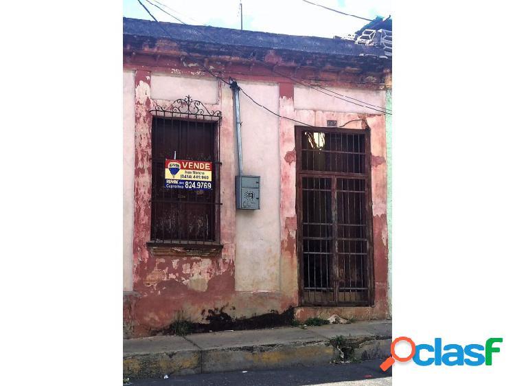 Casa Comercial En El Centro De Valencia Código: 263958