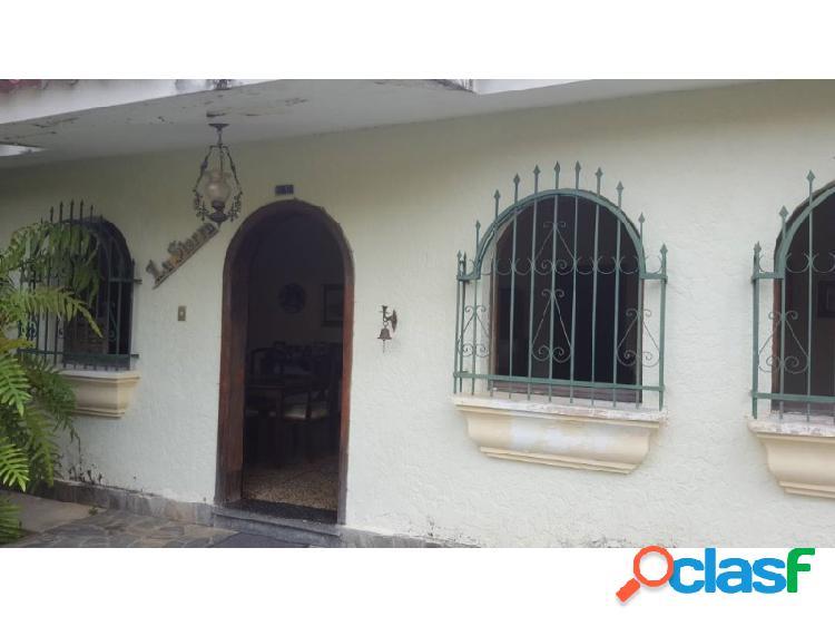 Casa En TRIGAL NORTE De 406 M2, En Calle Cerrada