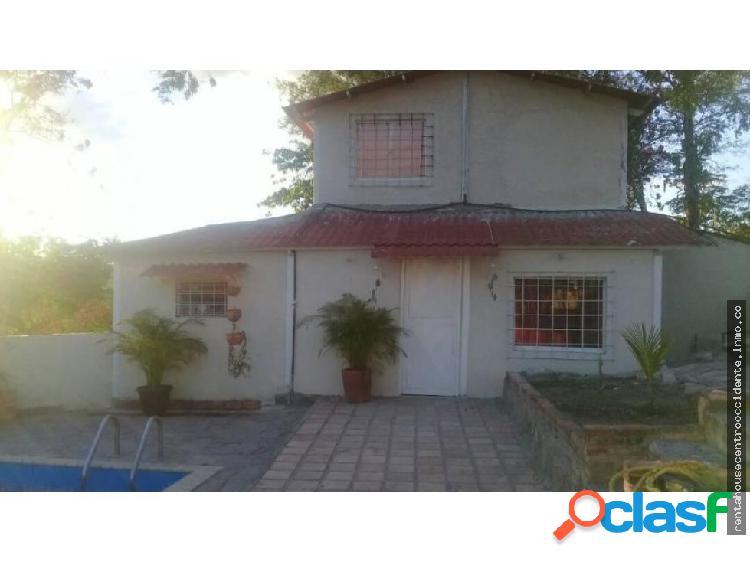 Casa Granja en Venta en el Cercado Barquisimeto