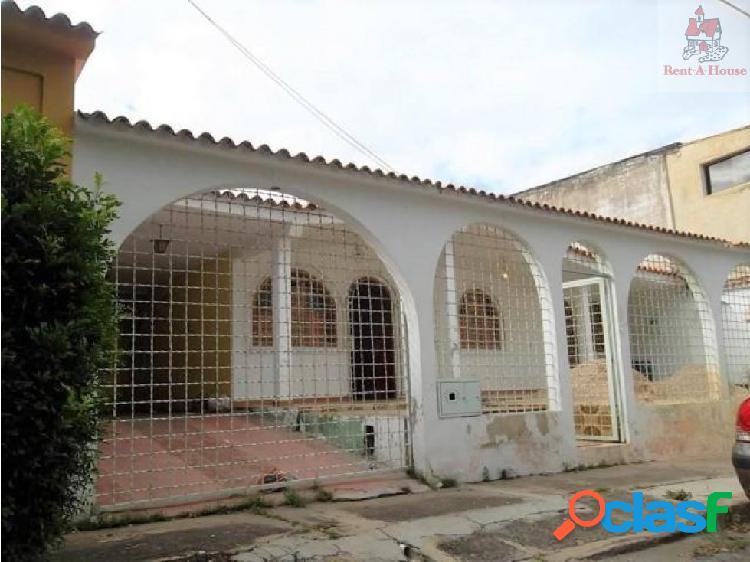 Casa en Venta La Esmeralda Mz 18-8035