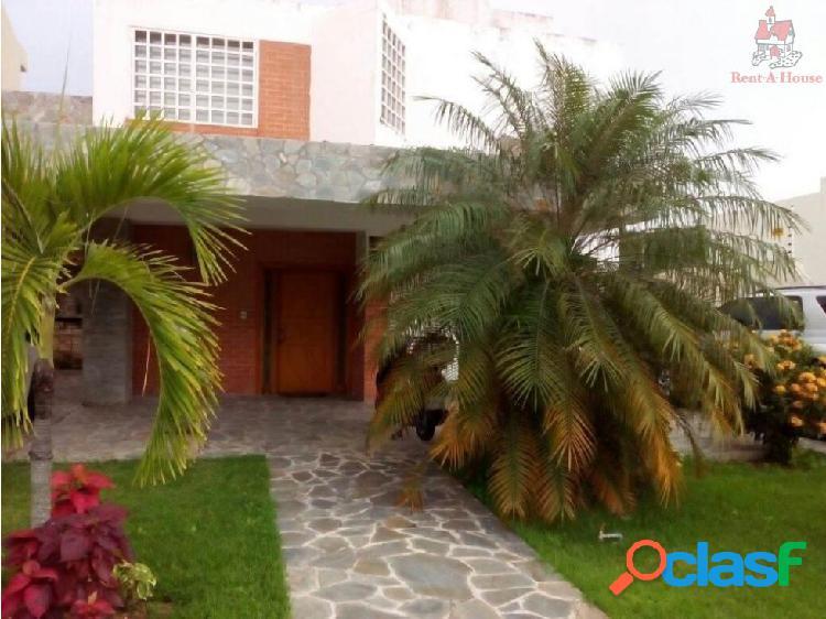 Casa en Venta Lomas del Country Ys 16-15836