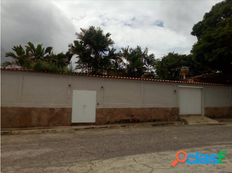 Casa en Venta Urb. Colinas de Santa Elena Bqto.