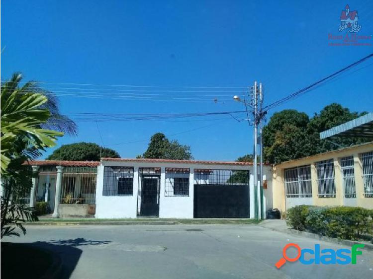 Casa en Venta en Urb Plaza Jardín Turmero 19-3146