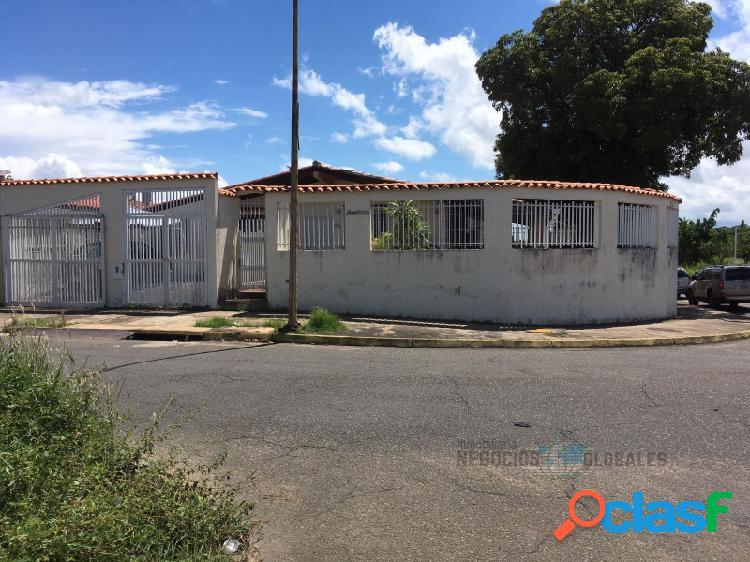 Casa en Venta en Villa Alianza ¡NEGOCIABLE!
