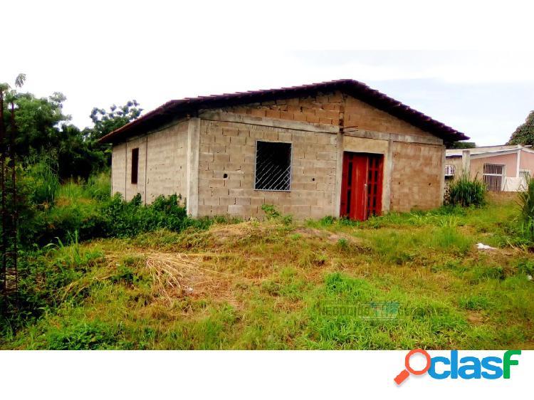 Casa en Venta en obra gris en el Sector de Minifincas