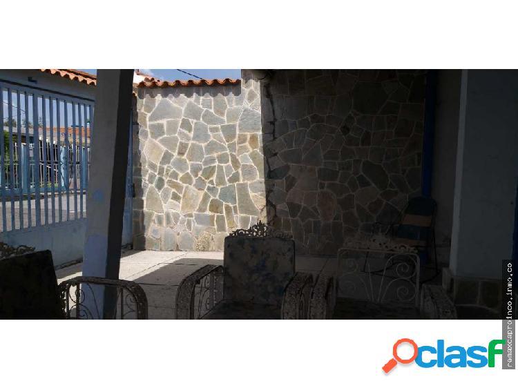 Casa en los samanes en Maracay
