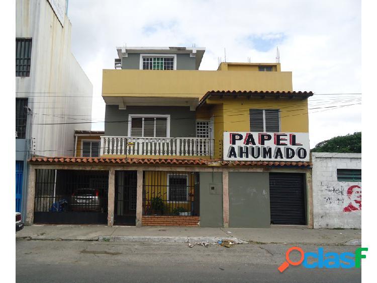 Casa en venta con local en Barquisimeto este