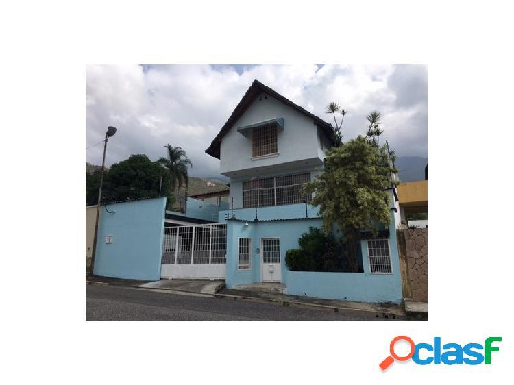 Casa tipo Chalet en venta en Maracay Urbanizacion El