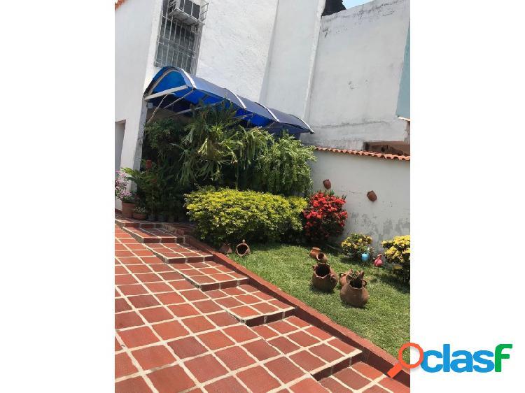 Espectacular Casa Acogedora Ubicada En La Esmeralda de 105