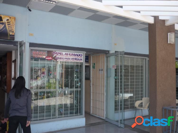 Excelente Local Comercial Ubicado Centro Comercial Galerías